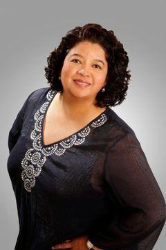 Sandra Luna Real E.