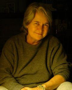 Lynzi W.