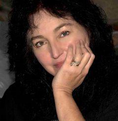Silvana Della C.