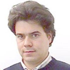Cláudio F.