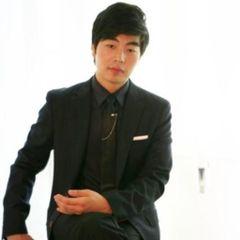 chul hwan  j.