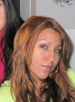 Steffi Michelle A.