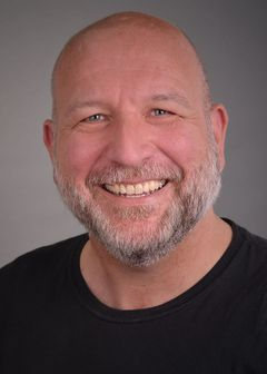 David Miroslav G.