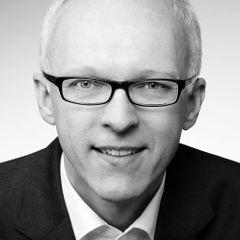Helmut R.