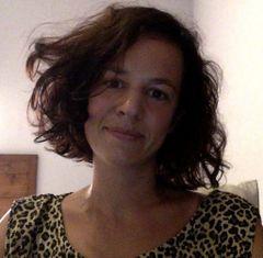 Anne V.