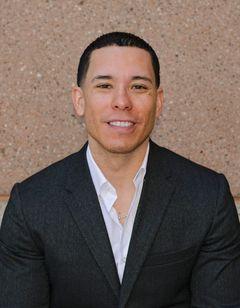 E Michael R.