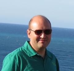 Alberto M.