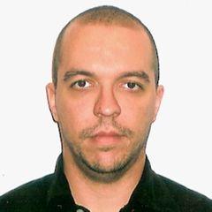 Mauricio F.