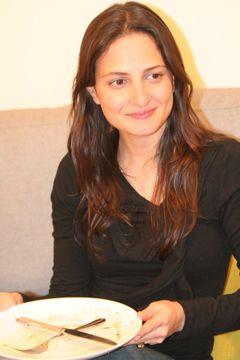 Yael E.