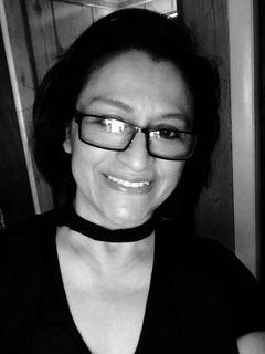Sandra E A.