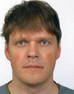 Sven U.