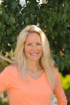 Lisa Hogan A.