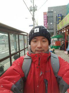Dokyun C.