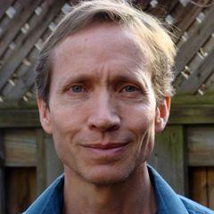 Michael Andre M.