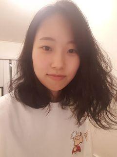 Yumi J.