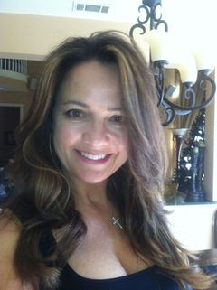 Christina Lay G.
