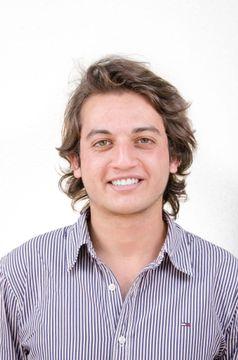 Sebastián Dueñas M.
