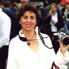 Christiane J.