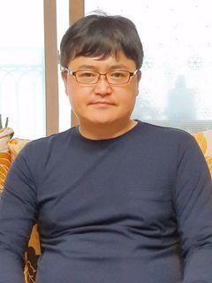 Yongchan L.
