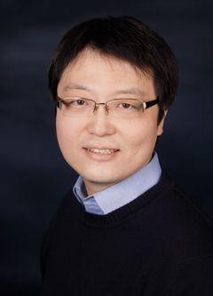Jianzheng W.