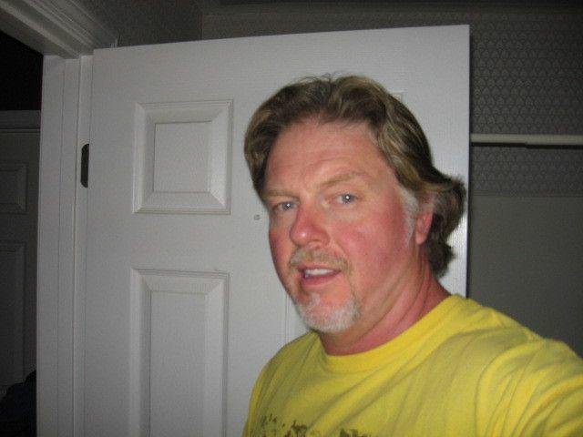 meet east greenville singles 5 unexpected places to meet great men over 40 there are a lot of decent, kind, available men over 40 who are single and looking for someone to love 05/16/2009 05:12 am et updated may 25, 2011.