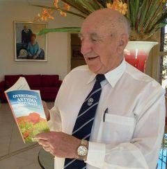 Dr Ron Roberts DC N.