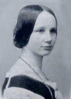 Tania B