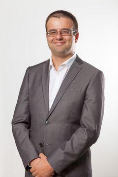 João R.