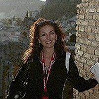 Maria Claudia G.