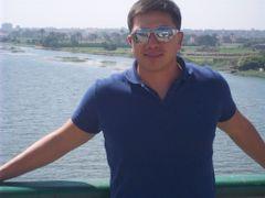 Cesar Lara G.