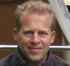 Andy V.