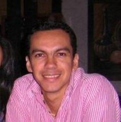 Alejandro Muñoz A.