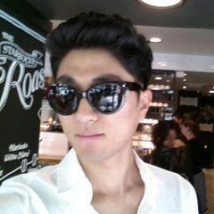 Deok Hyeon K.