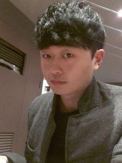 Jinhyeok  K.