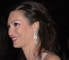 Dina El H.
