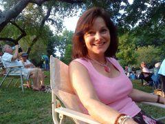 Sue Anne H.