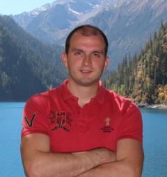 Dmitry R.