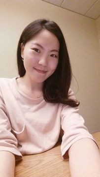 Dahee L.