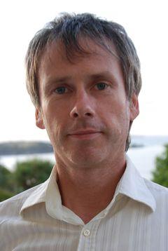 Gareth E.