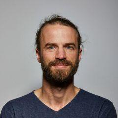 Daniel F.