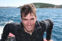 Arnaud J.