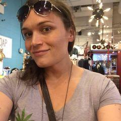 Lauren de S.