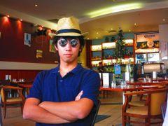 Ryosuke S.