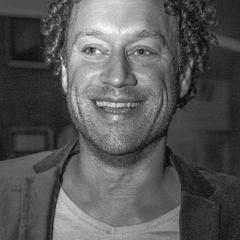 Ted van der V.