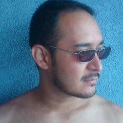 Everardo H.