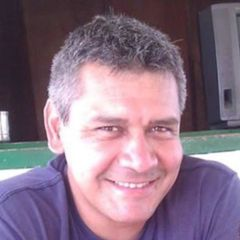 Jorge L. V.