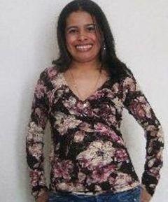 Aida R.
