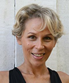 Emmanuelle P.