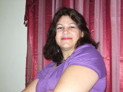 Yasmine S.