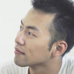 Zhongyi Y.